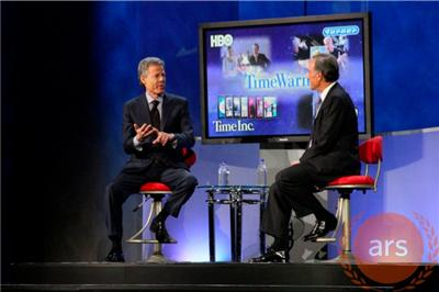 Verizon CEO Ivan Seidenberg with Time Warner CEO Jeff Bewkes during a CES keynote