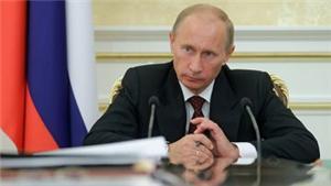 На линию Путина звонят с жалобами на чиновников, рассказал Аслаханов