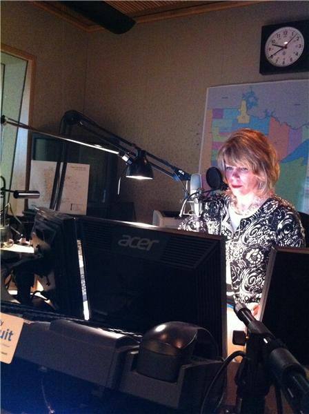 Kerri Miller listening to a caller.