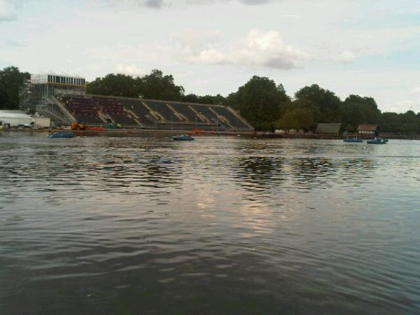 @London2012 open water course. See you here soon @KeriannePayne with thousands cheering you on! Nice day here today. <a href=