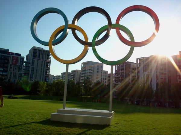 RT @JessicaZelinka: Olympic Rings in Village <a href=