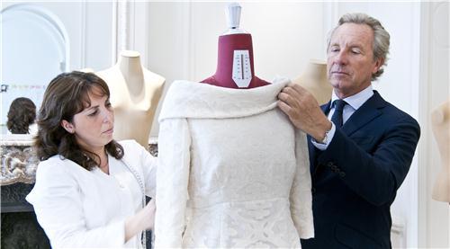 Volg de troonswisseling de standaard - Mathilde ontwerp ...