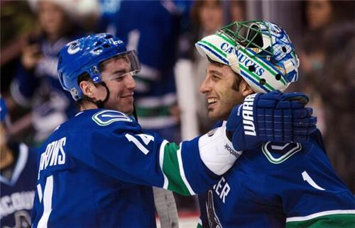 Vancouver Canucks Goalie Roberto Luongo Traded To Florida Panthers