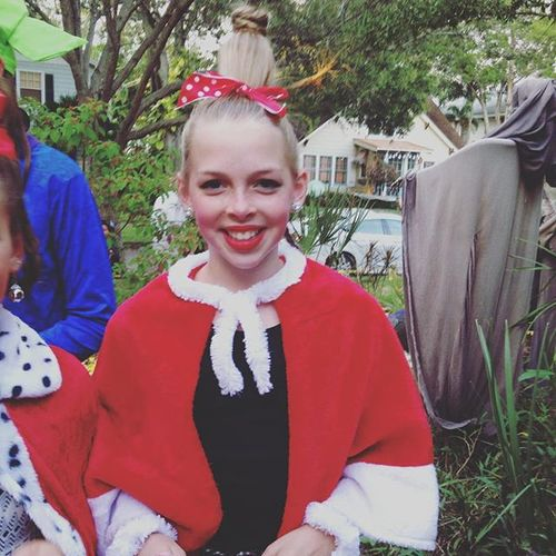 Little Cindy Lou Who. #t&abaytimes #t&abayhalloween  sc 1 st  T&a Bay Times & Little Cindy Lou Who. #tampabaytimes #tampabayhall...