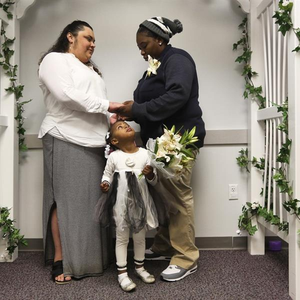 Newsfeed Same Sex Marriage Begins In Florida