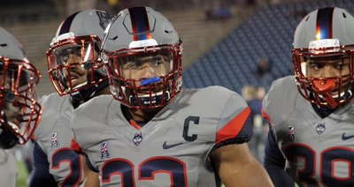 UConnFootball captain  AndrewAdams in  UConnHuskies Gray uniforms to be  worn tonight v  ECUPiratesFB for 1st time 2aed91941