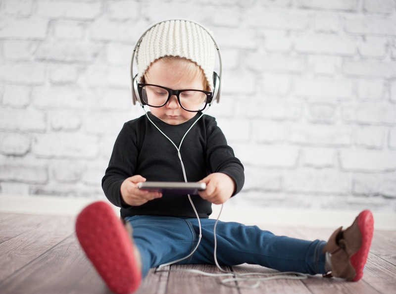 From Baby Boomers to Generation Alpha: The ScribbleLive Guide to ...