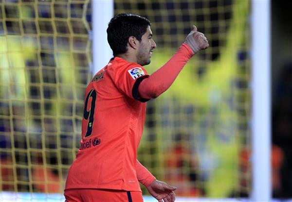 Luis Suárez celebra el segundo gol del Barça