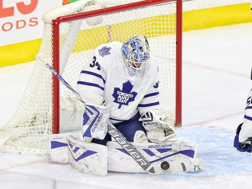 64a1863c9 P.A. Parenteau scores in OT, Toronto Maple Leafs come back to beat Boston  Bruins 4-3 #TorontoMapleLeafs dlvr.it/Mfb296