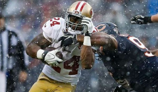 b274176e5 Notes  From balmy to brrrrr   49ers downplay travel itinerary as factor.  sfgate.com 49ers article …