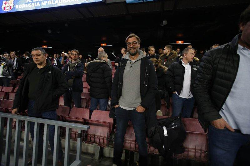 Klopp, técnico del Liverpool, en la grada del Camp Nou