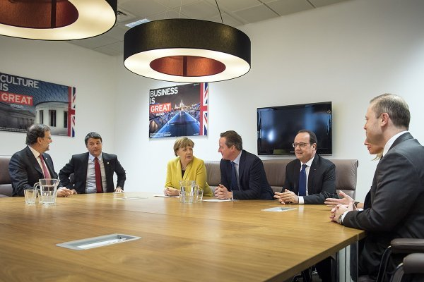 EU leaders finalize migrant deal - live updates | Europe