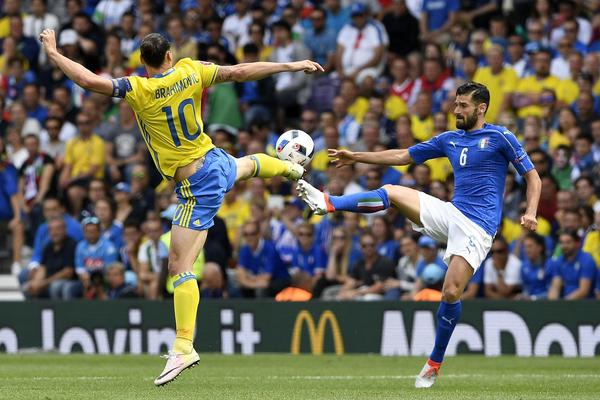 """ÉQUIPE D'ITALIE de football """"la Nazionale"""" """"la squadra azzura"""" - Page 3 Cf52aa38-04f2-4c55-b1f5-d15a37de73ed"""