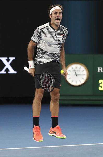 98871366 Australian Open: Roger Federer vs Rafael Nadal - men's singles final ...