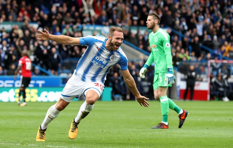 Depoitre celebra su gol, el segundo del Huddersfield