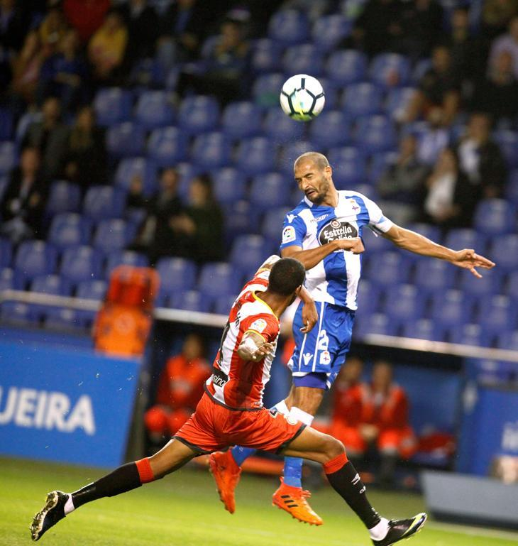 A Celso Borges le han anulado un gol por fuera de juego previo de Albentosa FOTO: EFE