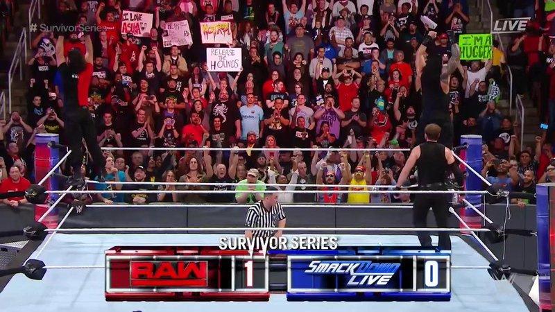 RAW 1-0 SmackDown