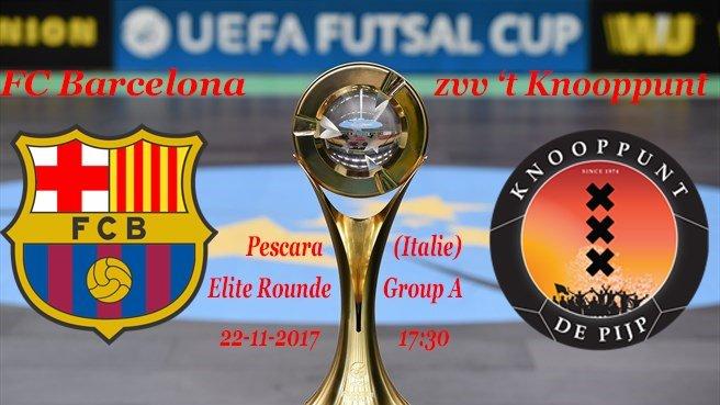 El cartel del partido con el trofeo
