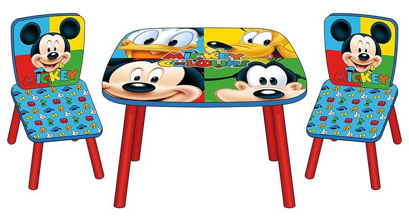 Set de una mesa y dos sillas