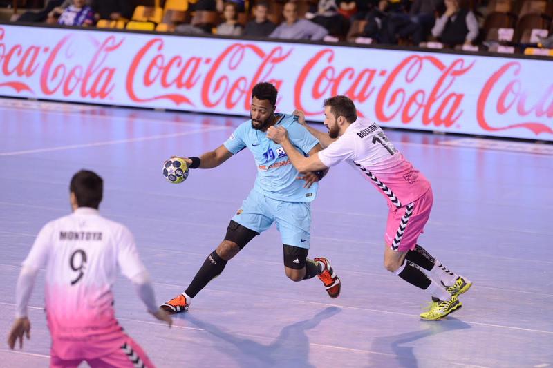 N'Guessan, en acción durante la semifinal contra el Guadalajara