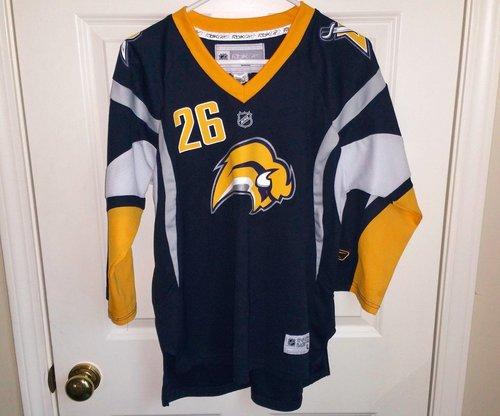 Deals THOMAS VANEK Buffalo Sabres  NHL Hockey Jersey  Reebok Youth Boys Size  L XL dlvr.it NPnBrH  TFBJP 395cc7ecd