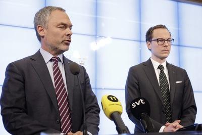 Finansministern raknar med att fa igenom flygskatten