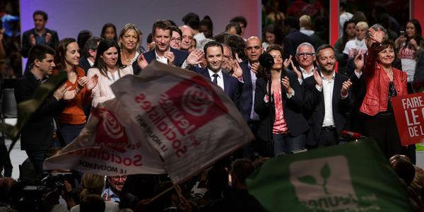 Présidentielle 2017 : Macron et Le Pen progressent et consolident leur avance