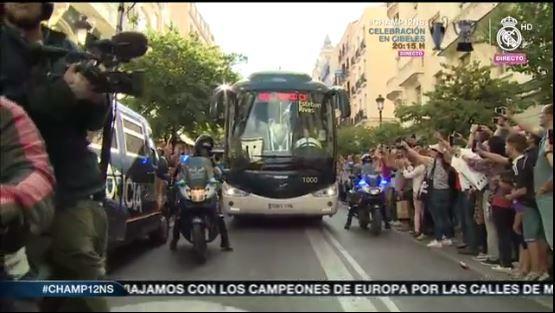 Bus con los jugadores del Real Madrid