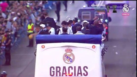 La fiesta continua en el Bernabéu