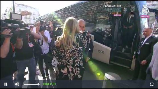 Zidane encabeza la delegación