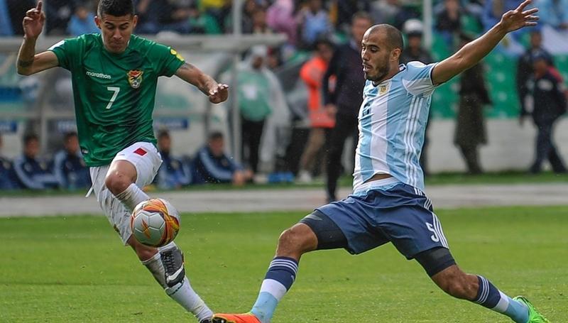 Pizarro, internacional con Argentina