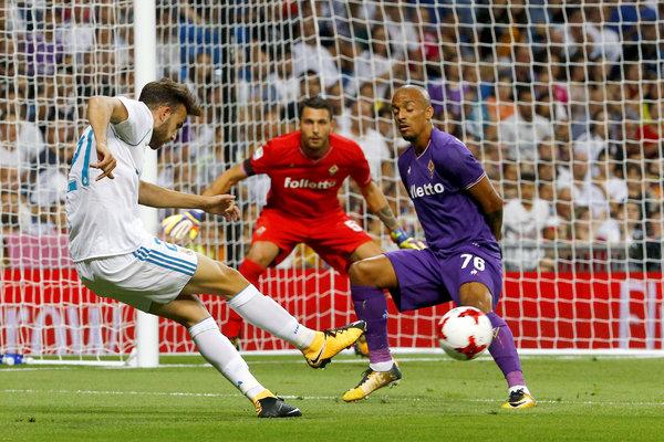 Real madrid fiorentina trofeo santiago bernab u en directo for Puerta 53 bernabeu
