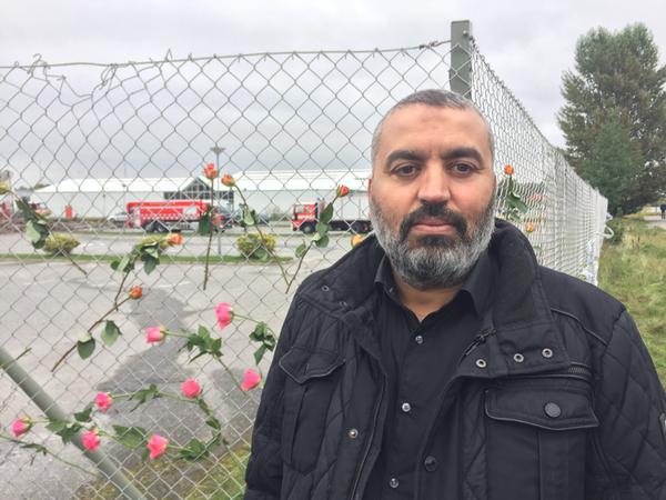 Känslorna efter branden har varit många. Örebro moskés vd Jamal Lamhamdi har uttryckt tacksamhet för det stöd församlingen fått från polis, brandkår, kyrkor och andra samhällsinstitutioner.