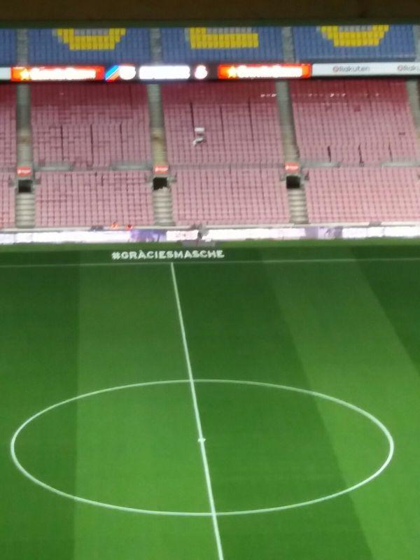 #GràciesMasche, homenaje al Jefecito en el Camp Nou. Foto: Francesc Aguilar.