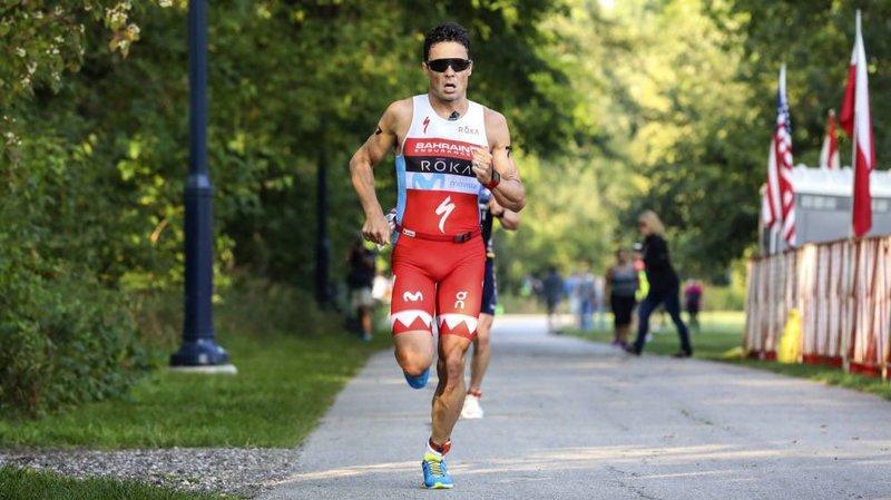 Javier Gómez Noya, a por todas en el maratón (Twitter)