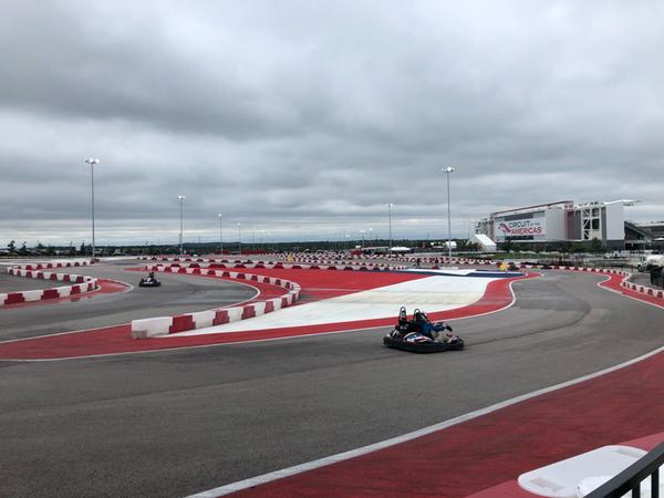 Arrivando al COTA (Circuit Of The America) c'è un kartodromo che riproduce fedelmente il layout del tracciato