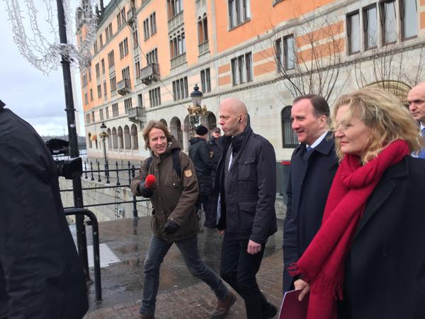Stefan Löfven är på väg till talmannen.