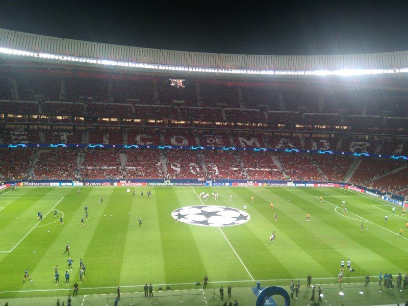 Y por dentro, el Wanda Metropolitano se va llenando poco a poco...