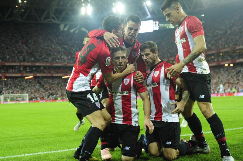 Muniain ha hecho un jugadón en el gol del empate a uno para el Athletic. FOTO: Juan Echeverria