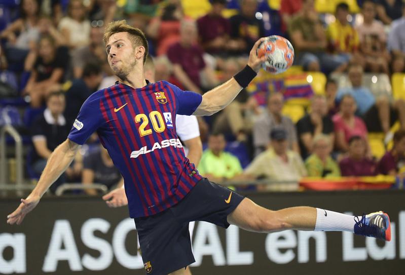 Aleix Gómez, único extremo derecho puro del Barça en Benidorm por la baja de Víctor Tomàs