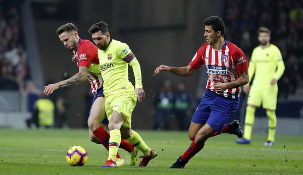 Se va Messi de Saúl y Rodrigo FOTO: SIRVENT