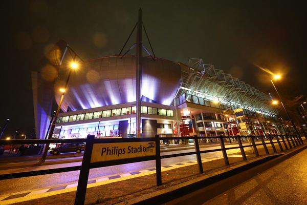 Así luce el Philips Stadion por fuera FOTO: GETTY