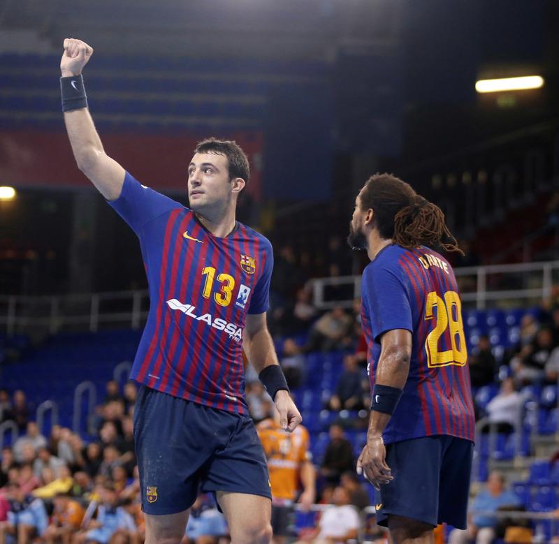 Aitor Ariño, goleador en el arranque del partido