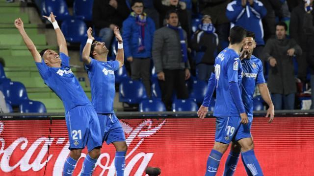 Ángel celebra su gol con Fajr   LFP