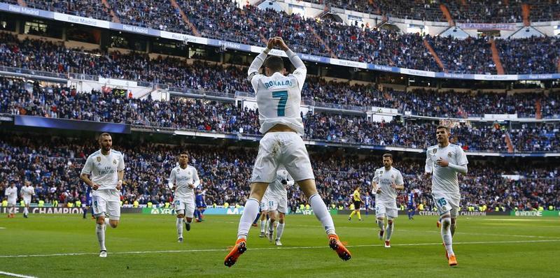 Cristiano celebrando su gol número 13. Hoy como capitán