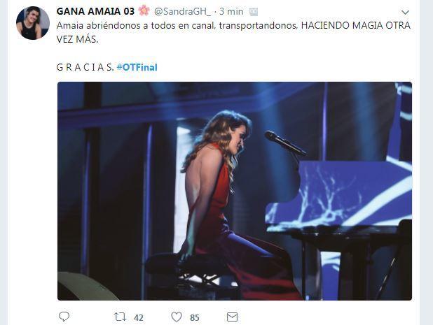 Todo el mundo sigue aplaudiendo a Amaia.