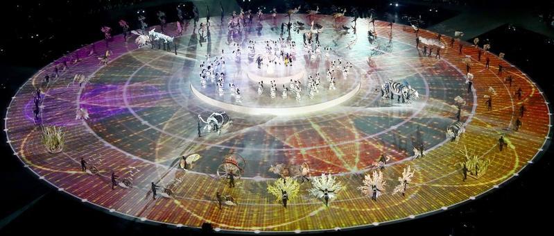 Así ha sido el espectacular círculo central que se ha formado en el estadio (Getty)