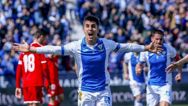 Bustinza celebra su gol || LFP