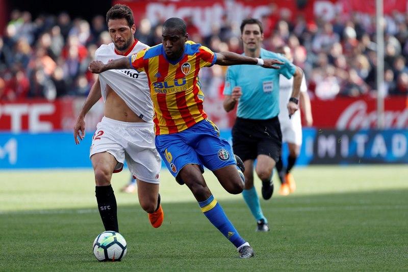 Kondogbia, durante un partido con el Valencia