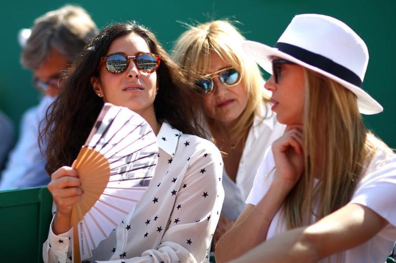 Rafa Nadal, arropado por los próximos, también su madre Ana Maria, su hermana Maribel y su pareja Maria Francisca FOTO: GETTY